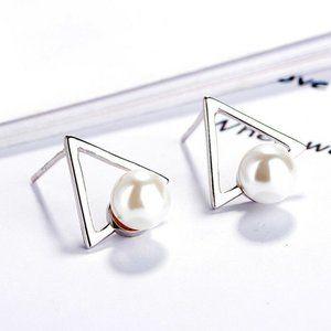 NWOT Silver Triangle Pearl Stud Earrings